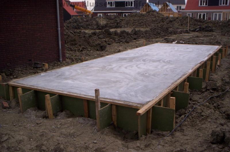 Badkamer Douchewand Glas ~ Betonnen Vloer  Fundering  Fundament  Betonbekisting